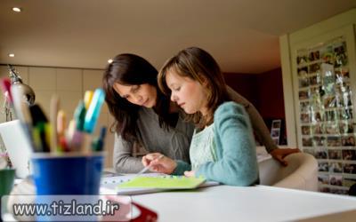 چه طور فرزندتان را علاقه مند به انجام تکالیف در منزل کنید؟