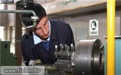 ورود دانش آموزان شاخه کاردانش به دنیای کار پس از پایان دوره متوسطه