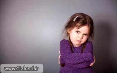 آیا فرزند شما رفتار بزرگترها را تقلید می کند یا مطابق سن خود رفتار می کند؟